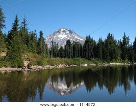 Mt Hood And Mirror Lake