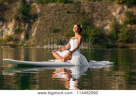 Sup Bride Yoga Meditation