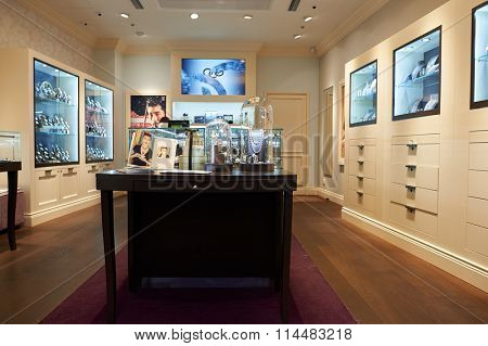 HONG KONG - DECEMBER 25, 2015: Links of London store in Hong Kong. Links of London is a UK jewellery company founded in 1990 by John Ayton and Annoushka Ducas