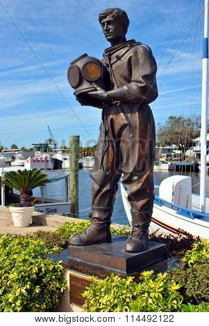 Statue of an early sponge Diver in Tarpon Springs