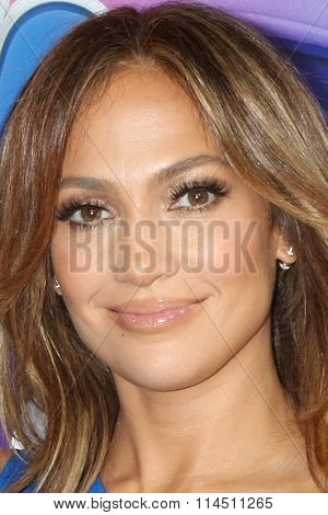 LOS ANGELES - JAN 13:  Jennifer Lopez at the NBCUniversal TCA Press Day Winter 2016 at the Langham Huntington Hotel on January 13, 2016 in Pasadena, CA