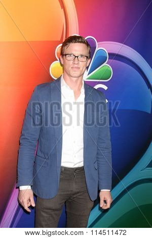 LOS ANGELES - JAN 13:  Warren Kole at the NBCUniversal TCA Press Day Winter 2016 at the Langham Huntington Hotel on January 13, 2016 in Pasadena, CA