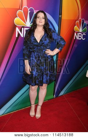 LOS ANGELES - JAN 13:  Lauren Ash at the NBCUniversal TCA Press Day Winter 2016 at the Langham Huntington Hotel on January 13, 2016 in Pasadena, CA