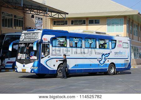 Nakhonchai Tour Company bus