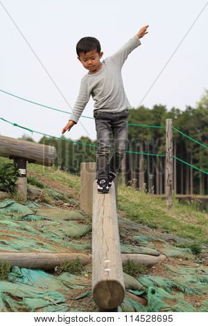Japanese boy on the balance beam (4 years old)