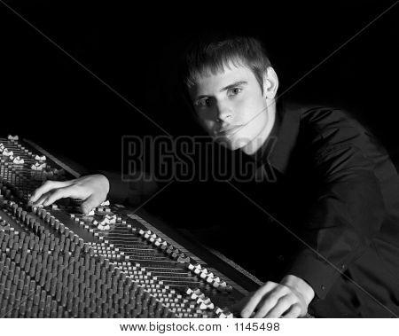 Man Soundboard
