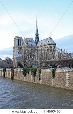Paris, France - December 17, 2011: The Southern Facade Of Notre-dame De Paris