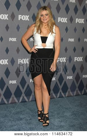 LOS ANGELES - JAN 15:  Lauren Alaina at the FOX Winter TCA 2016 All-Star Party at the Langham Huntington Hotel on January 15, 2016 in Pasadena, CA