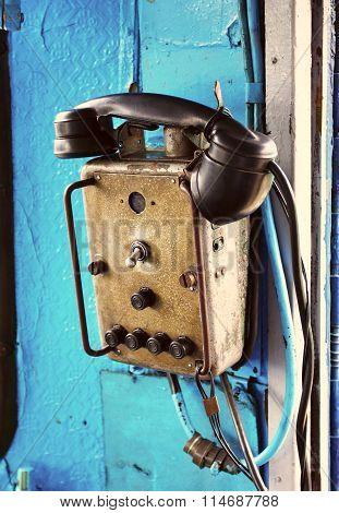 Retro Electric Locomotive Phone