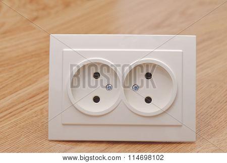 Beige outlet