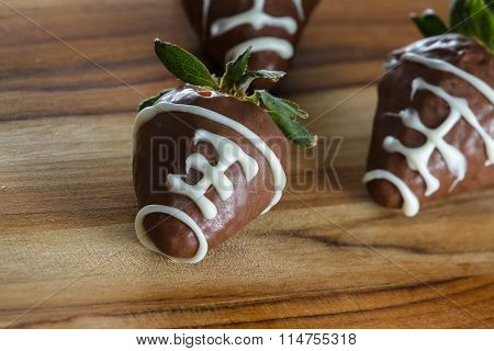 Supper Bowl Chocolate Covered Strawberries