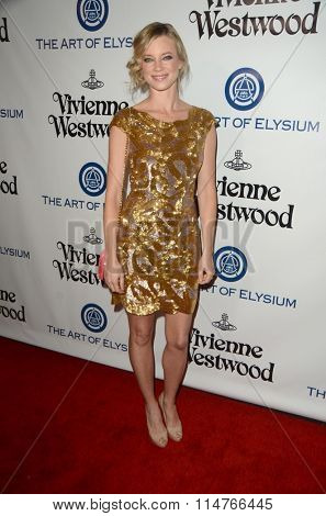 vLOS ANGELES - JAN 9:  Amy Smart at the The Art of Elysium Ninth Annual Heaven Gala at the 3LABS on January 9, 2016 in Culver City, CA