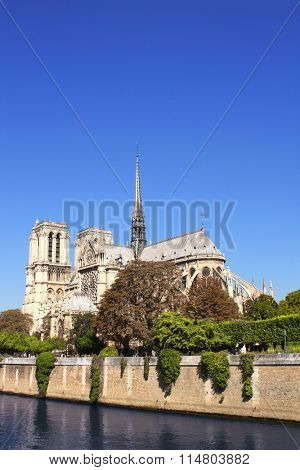 Famous Cathedral of Notre Dame de Paris and river Seine in Paris, France