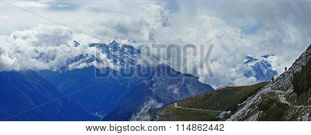 Hiking in the Stubai Alps