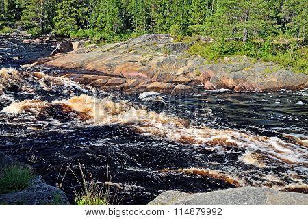 Threshold Morskoj On Pongoma River, Karelia, Russia