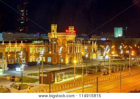 Wroclaw. Railway station at night.