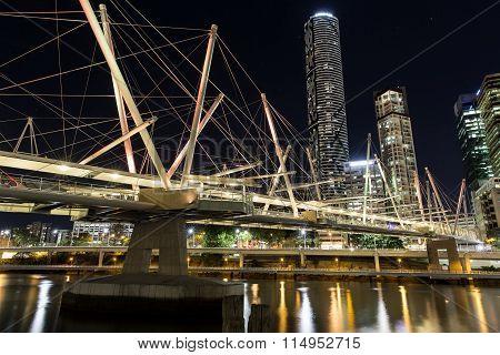 Brisbane Cityscape and Kurilpa Bridge