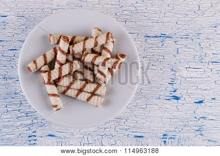 wafer tubules in a plate,