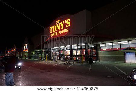 Super Tony's Finer Foods