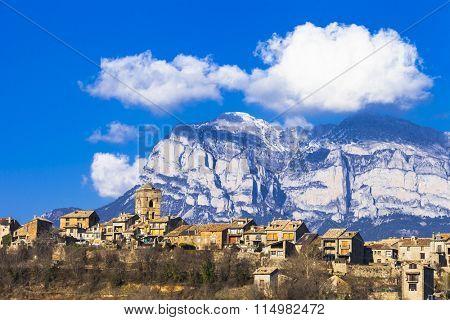 Ainsa- authentic mountain village in Aragon mountains, Spain