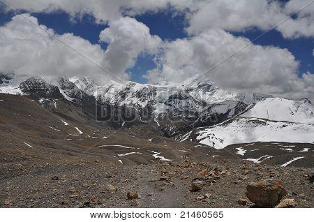Way to Thorung La pass (5,416 m), Nepal