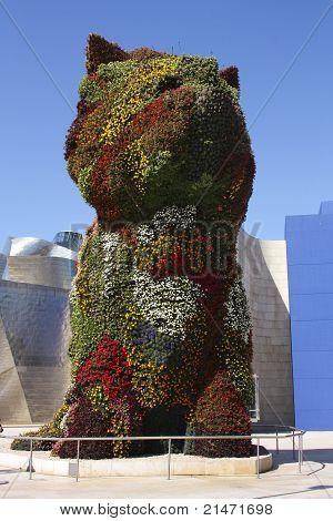 Welpen-Skulptur von Jeff Koons. Guggenheim Bilbao