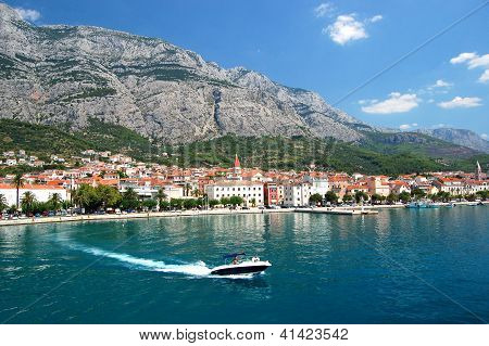 motorboat on makarska riviera, croatia