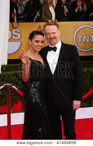 LOS ANGELES - JAN 27:  Jared Harris arrives at the 2013 Screen Actor's Guild Awards at the Shrine Auditorium on January 27, 2013 in Los Angeles, CA