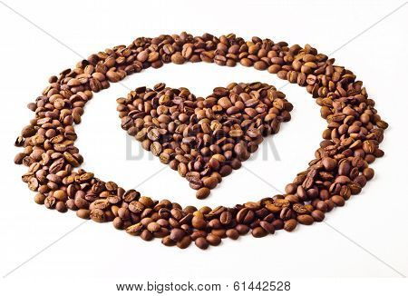 Sight 'Heart' in circle from Coffee beans