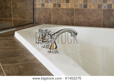 Running Water Into Master Bathtub
