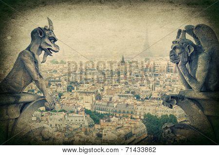 Demons Gargoyle Und Chimera. Notre Dame De Paris