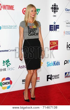 LOS ANGELES - SEP 5:  Gwyneth Paltrow at the Stand Up 2 Cancer Telecast Arrivals at Dolby Theater on September 5, 2014 in Los Angeles, CA