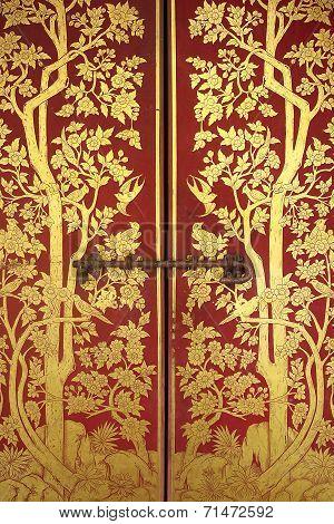 door of buddhism temple
