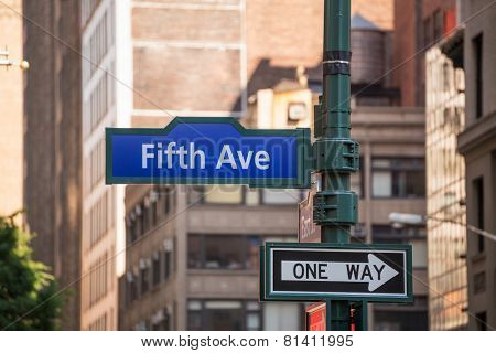 Fifth avenue blue sign 5 th Av New York Manhattan USA