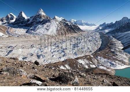Ngozumba Glacier, The Largest Glacier In Great Himalaya