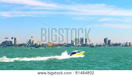 Speed Boat In Pattaya Beach