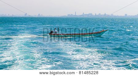 Fishermen Are Driving Coastal Pattaya City.
