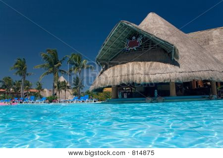 mexico pool and bar