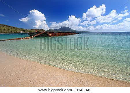 Wrecked Barge in Major's Bay (St Kitts)