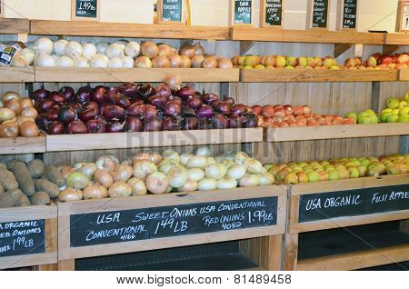 Upscale Market Produce Display
