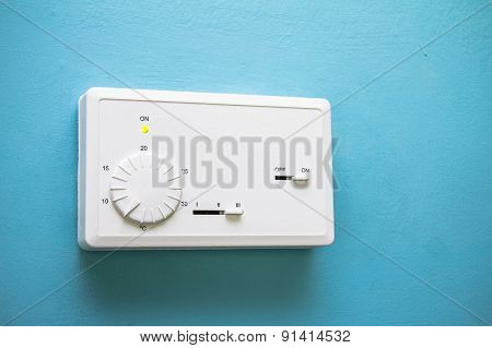 Old Wall-mounted Remote Control Air Conditioner