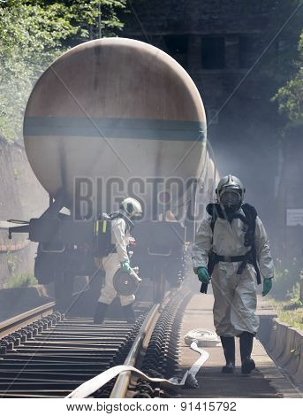 Toxic Chemicals Acids Emergency Train Firefighters