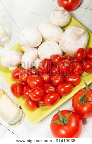 Cherry Tomatoes And  Paris Mushrooms