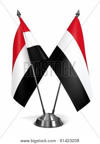 Yemen - Miniature Flags.
