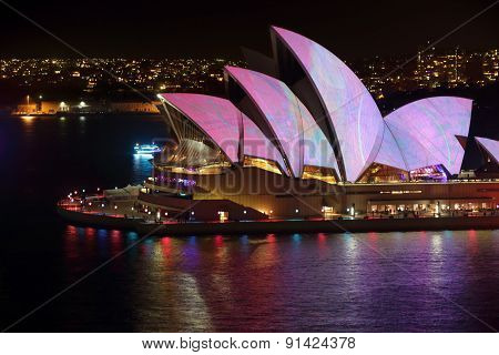 Sydney Opera House Adorned With Colour And Pattern Vivid Sydney