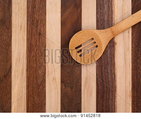 Spoon ands cutting board