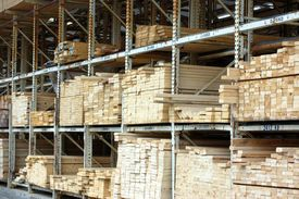 foto of 2x4  - lumber racks holding building materials and 2x4 - JPG