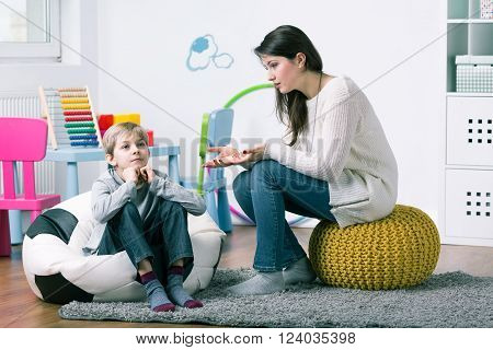 P:psychologist Trying To Get Through To Boy