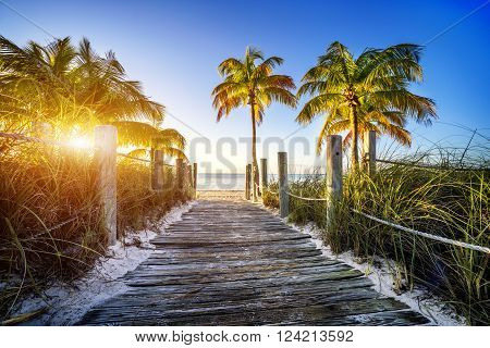 way to the beach in Key West Miami Floride USA
