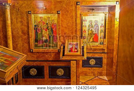JERUSALEM, ISRAEL - FEBRUARY 16, 2016: The small Chapel in Alexander Nevsky Church with the icon, showing Tsar-Martyr Nicholas II And His Family, on February 16 in Jerusalem.